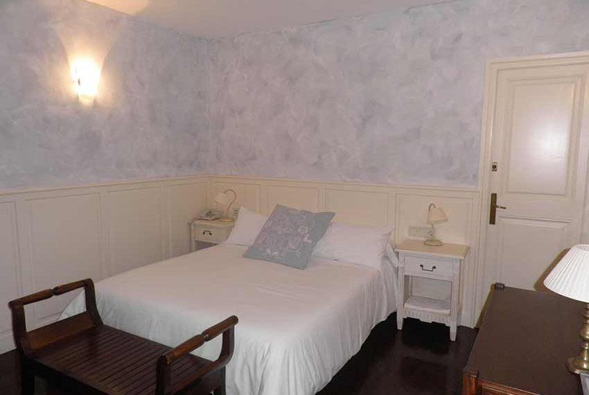 Hotel Rural Pla Estany Habitacion Blanca