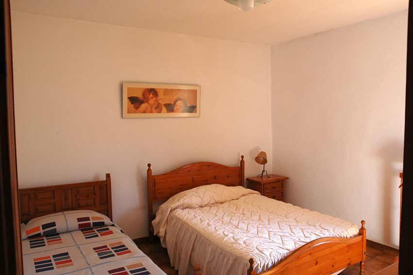 Casa-Rustica-Interior-Emporda-Habitacion-1