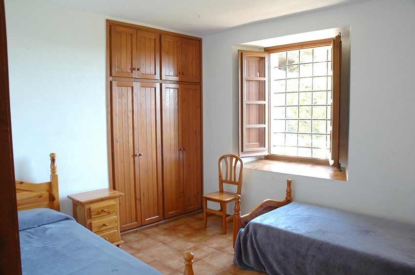 Casa-Rustica-Interior-Emporda-Habitacion-2