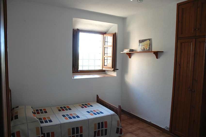 Casa-Rustica-Interior-Emporda-Habitacion-3
