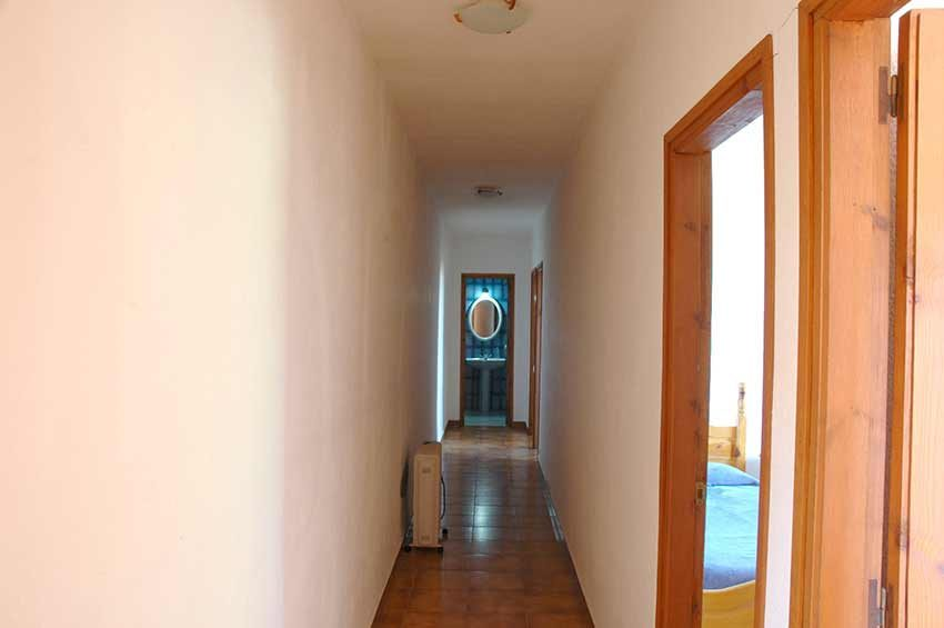 Casa-Rustica-Interior-Emporda-Passillo