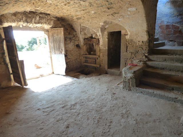 Masia-Restaurar-Foixa-Escaleras
