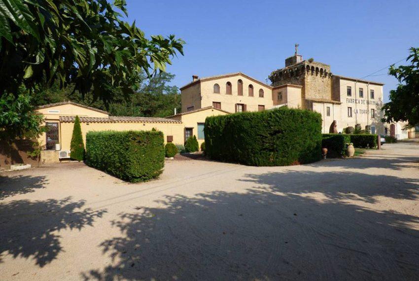 Edificio-Historico-Ideal-Negocio-Jardin