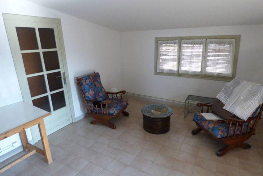 Edificio-Historico-Ideal-Negocio-Living-Room