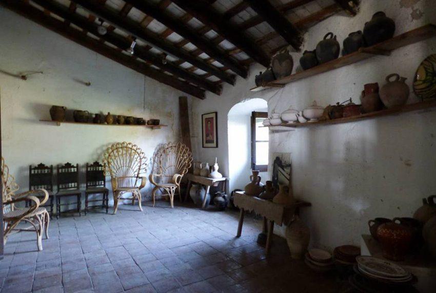 Edificio-Historico-Ideal-Negocio-Sala-Interna
