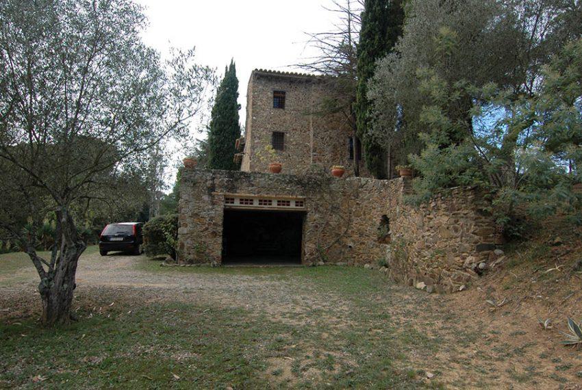 Masia-Rustica-con-Terreno-Garaje