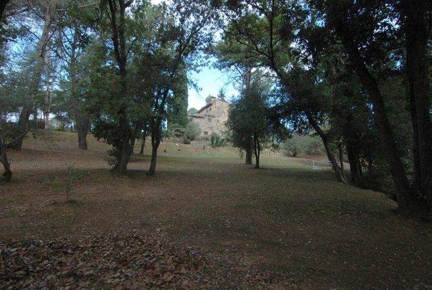 Masia-Rustica-con-Terreno-Vista-Exterior