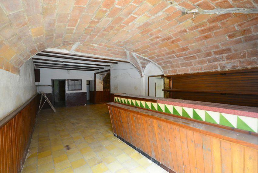 Casa-para-Restaurar-en-el-Centro-del-Pueblo-3