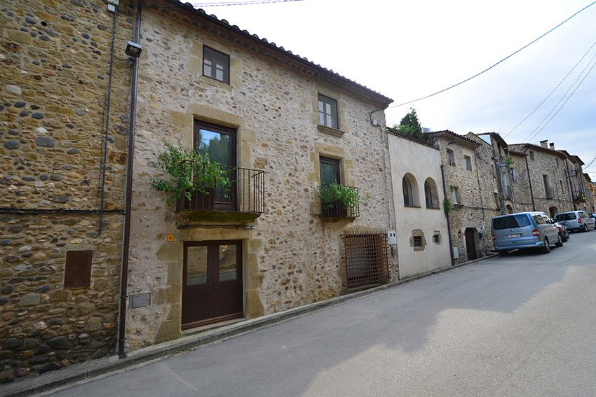 Casa-Rustica-Restaurada-Buen-Gusto-28